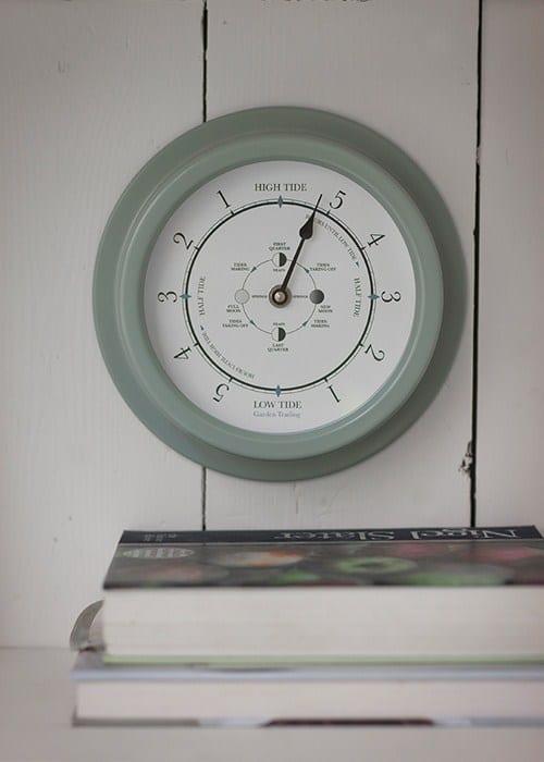 tide_clock_shutter_blue