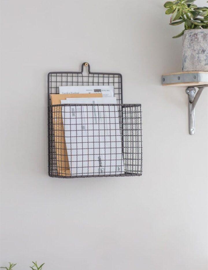 Farringdon-Letter-Holder-Wirework-FDST01
